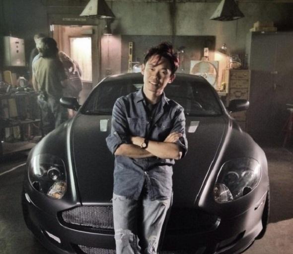 James Wan y el Aston Martin del malvado del film