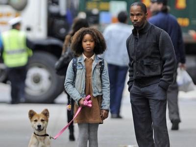Quvenzhané Wallis y Jamie Foxx en el rodaje de 'Annie'