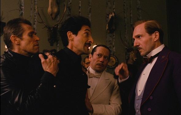 Adrien Brody se mete en problemas en 'El Gran Hotel Budapest'