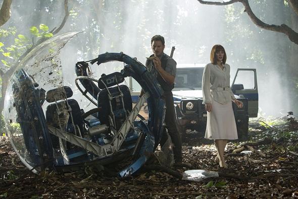 Chris Pratt y Bryce Dallas Howard protagonizan 'Jurassic World'