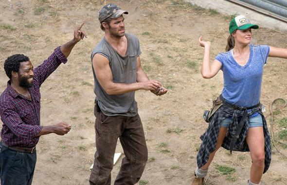 Imagen de Chiwetel Ejiofor, Chris Pine y Margot Robbie en el rodaje de Z for Zachariah