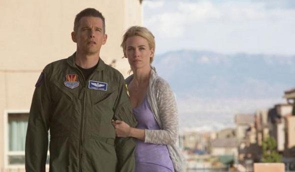 Ethan Hawke y January Jones protagonizan 'Good kill'