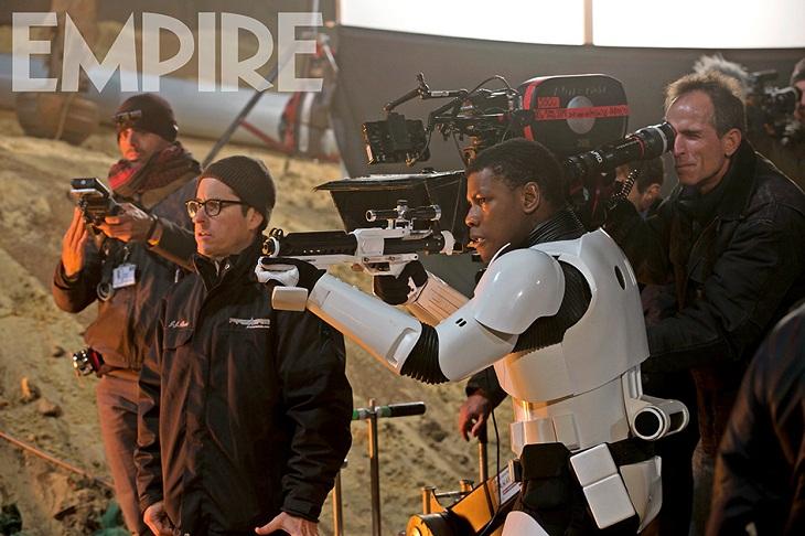 John Boyega trabaja bajo las órdenes de Abrams en 'Star Wars: El despertar de la Fuerza'