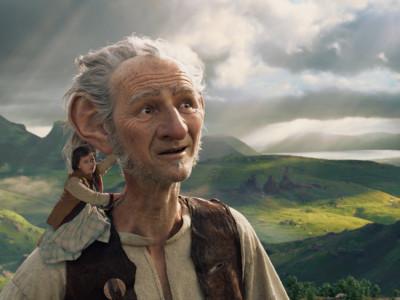Ya podemos admirar el cartel final de 'Mi amigo el gigante', dirigida por Steven Spielberg